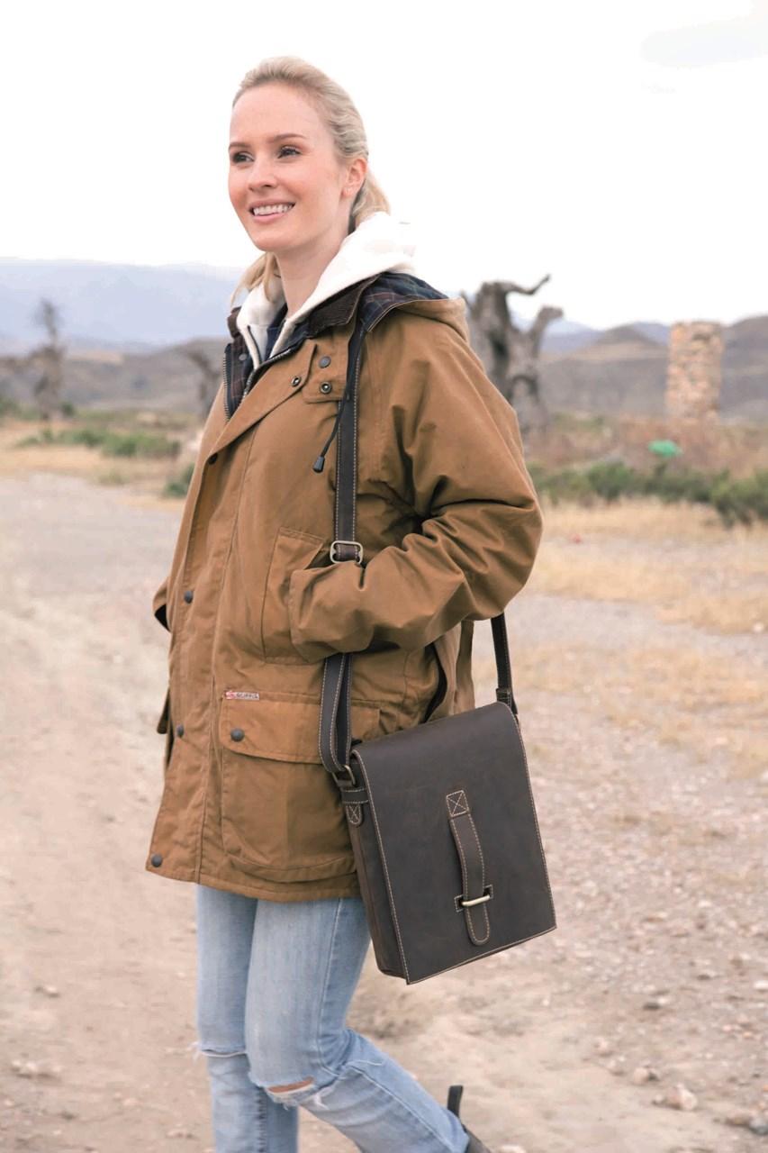 9c82f8f91505a3 Bild von Wachsjacke Tanami Jacket Scippis für Damen oder Herren mit Kapuze